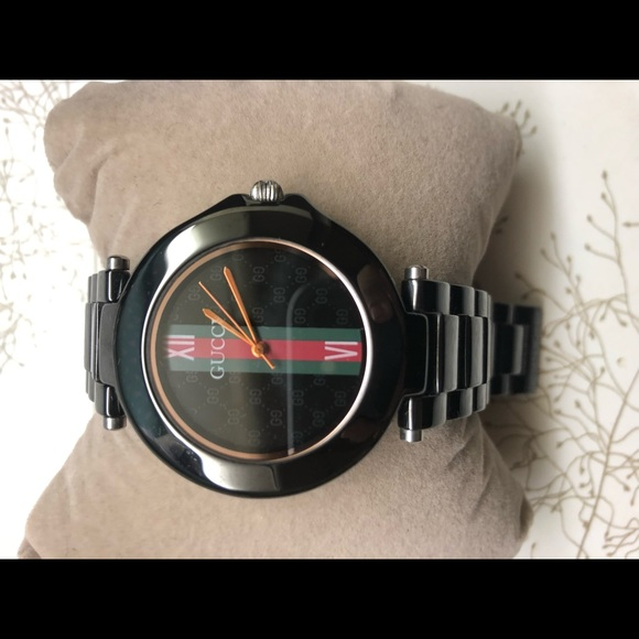 a738a43c909 Gucci Other - Gucci watch